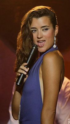 #CotedePablo Latino Actors and Actresses You Never Knew Could Sing | Latina