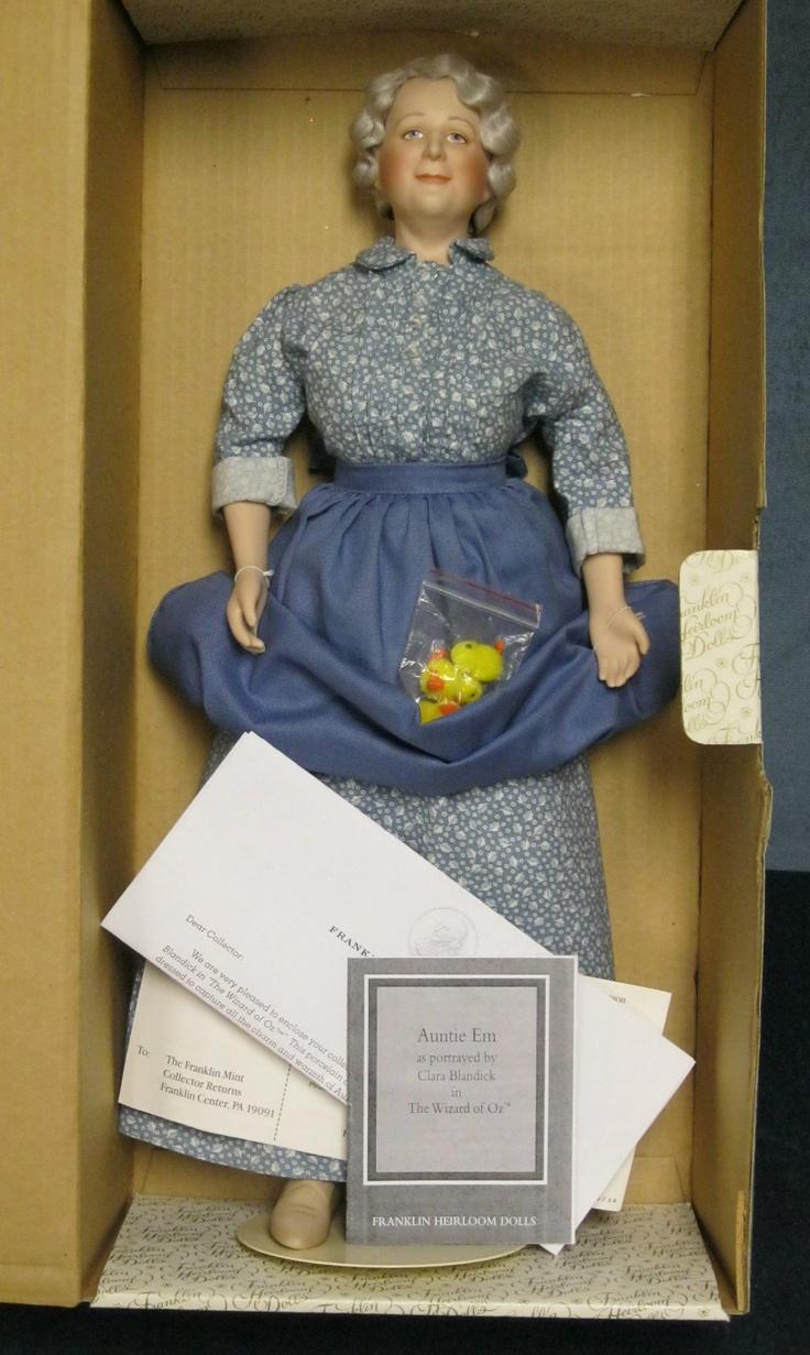 Franklin Mint Wizard of Oz Doll Auntie Em w/Chicks