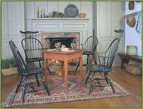 Early American Colonial Interiors | So love the rug!!!