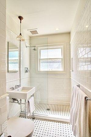 Black and White Bathroom-vintage look