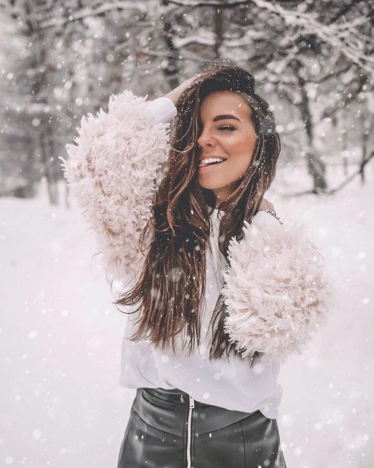позы для зимней фотосессии со снегом проводить переделку гаража