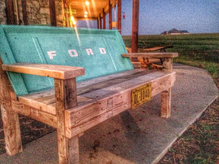 6d1ff6435bbd690c9e1bdc43a86a01f5 tailgate bench rustic restaurant 2215 best fords images on pinterest vintage cars, classic trucks