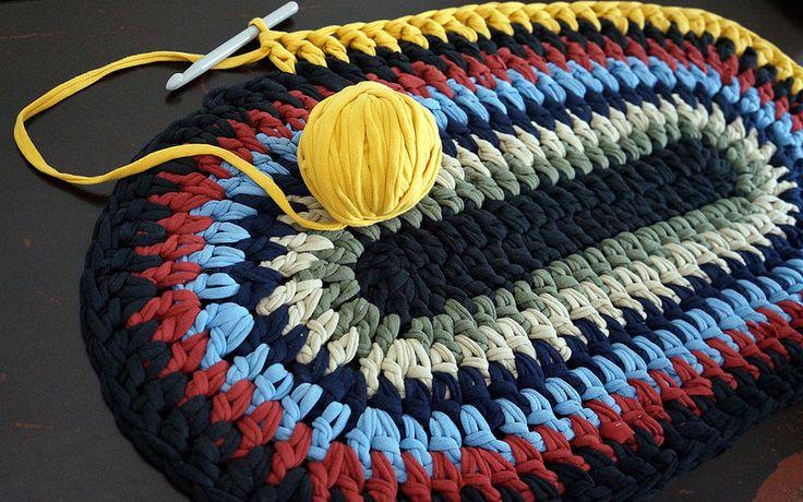 Alfombra, capet    Trapillo, t shirt yarn, tarn, crochet   Flickr - Photo Sharing!