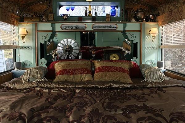 RV Steampunk Bedroom! cogs-sprockets | RV Caravan Travel ...