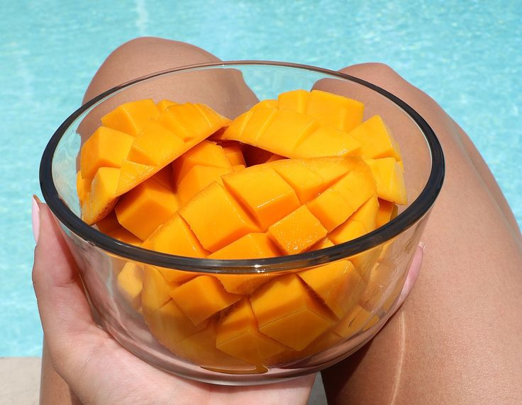 In case you havent read many of my other blog posts yet, I must warn you…I am a mango fanatic! I ABSOLUTELY LOVE THEM! Not only for their incredible health benefits of fiber, vitamin A, vitam…