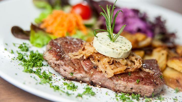 Kebap mı? Steakhouse mu? Seçim yapmanıza gerek yok ! Burada ne isterseniz var ! Etin ustası Namlı Kebap & Steakhouse ! #etinustası #namlı