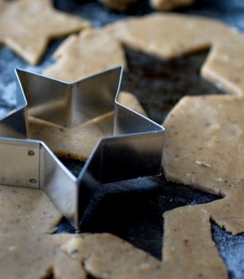 Biscotti con la farina di canapa per una merenda speciale