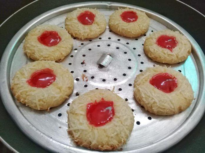 Resep Strawberry Thumbprint Tanpa Oven Tanpa Mixer By Ummu Umar Resep Makanan Resep Soda Kue