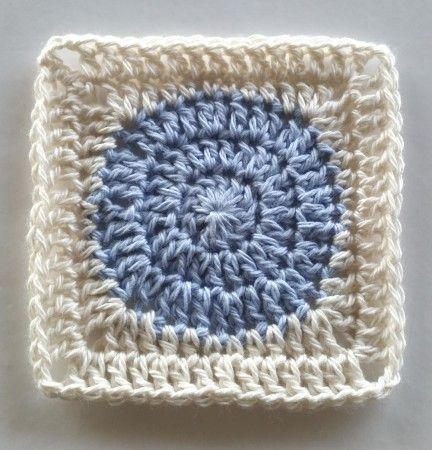 Squaring the Circle Crochet Pattern Tutorial - Spin Cushions by Shelley Husband