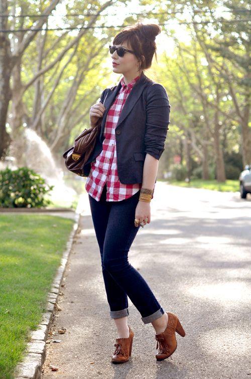 Keiko Lynn - blazer, gingham shirt, & cuffed skinny jeans. Love!