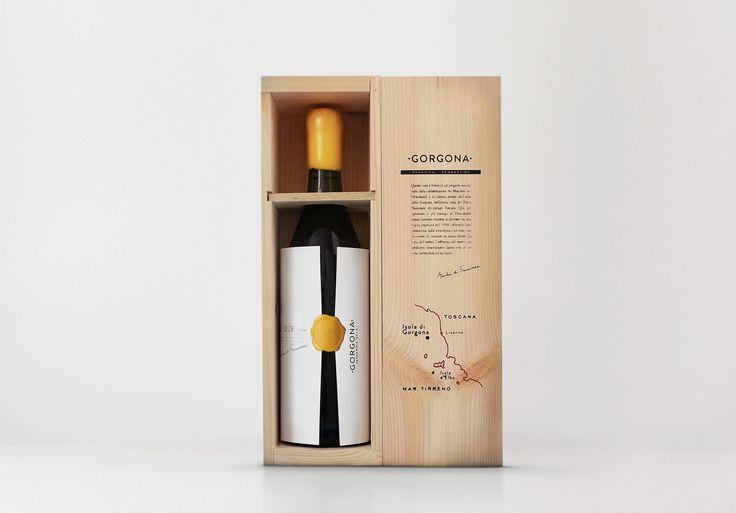 Progettazione etichette e packaging vino GORGONA, Progetto Sociale di Frescobaldi, design a cura dell'Agenzia Doni & Associati di Firenze