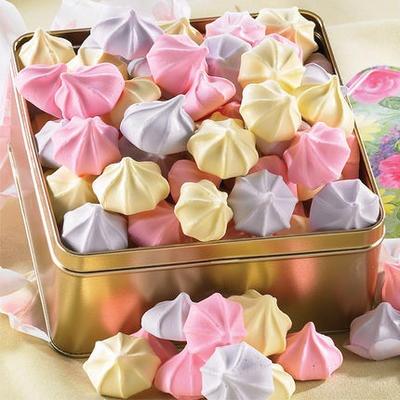 Sweet Meringue Cookies