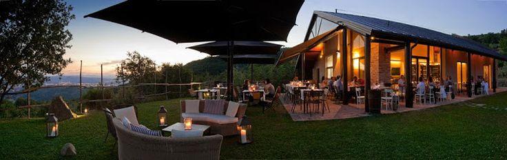 Il Podere di Pomaio Green Winery è stato inserito tra le 25 cantine di design più belle della Toscana per il progetto Regionale NewArt & Wine.  Scopri il Podere di Pomaio su Excantia: http://www.excantia.com/produttori/podere-di-pomaio