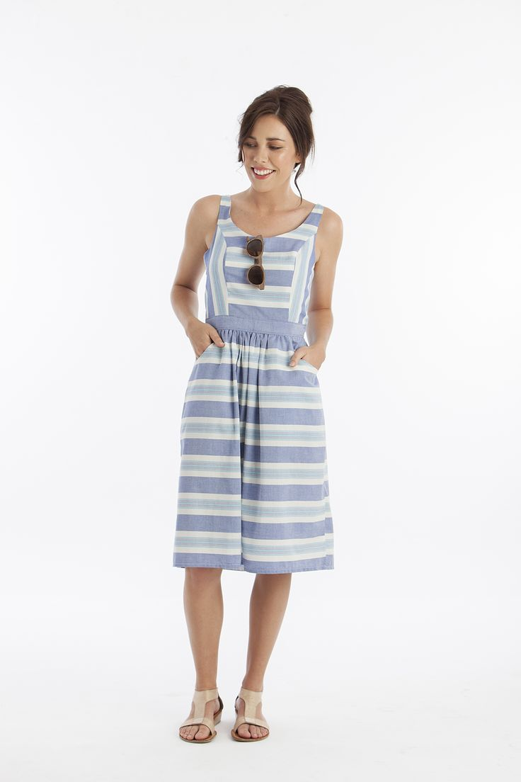 Loads sof free patterns and tutorials including this one from Peppermint magazine   Free Dress Pattern