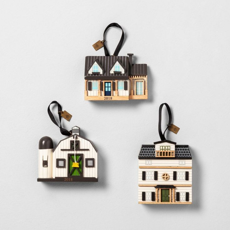 Christmas Ornament Set Replica of Chip and Joanna Gaines' Farmhouse Released