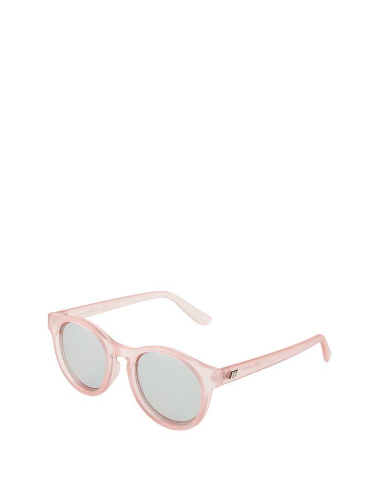 Rosa-Blau lässt die Sonnenbrille von Le Specs die Welt erscheinen @aboutyoude http://www.aboutyou.de/p/le-specs/sonnenbrille-hey-macarena-2232861?utm_source=pinterest&utm_medium=social&utm_term=AY-Pin&utm_content=2016-04-KW-20&utm_campaign=Sonnenbrillen-Board