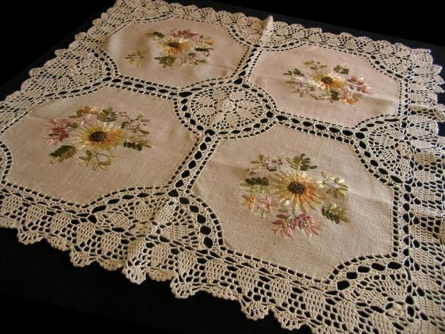 SUMMER SUNFLOWER RIBBON EMBROIDERY CROCHET LACE TEA TABLECLOTH 34x34 -German