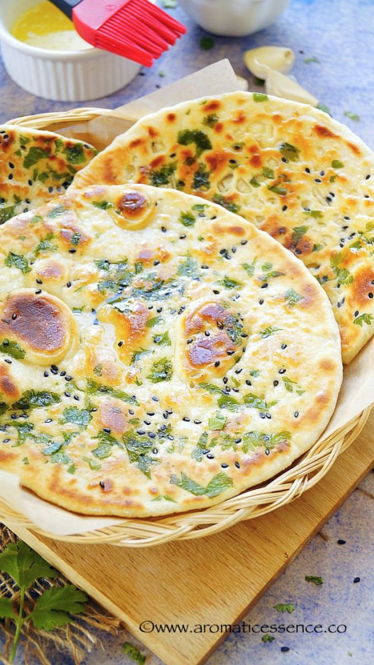 Kulcha, a leavened flatbread, has its originsin North India, in Amritsar to be specific. It is basically made with maida (all purpose flour), yogurt, leavening agents and baked in a tandoor.There isn't much difference between naan & kulcha, except for the leavening agents involved in their respective recipes. Kulchas are mostly stuffed from a gamut of fillings, potato (the most popular one, known as aloo kulcha) to onions to paneer etc. Kulchas and chole, a perfect accompaniment to e...