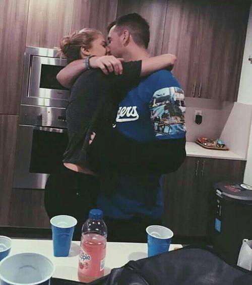 Imagen de relationship goal, mike stud, and josie canseco