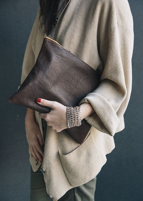 by @potpourridesign ♡ Louie Clutch | via Bibijoux
