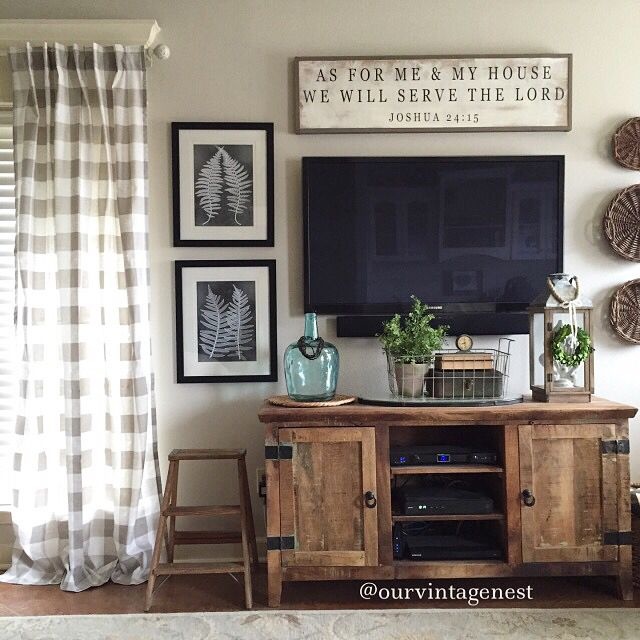 Living room decor... Ideas for decorating around your TV. Via @ourvintagenest on IG