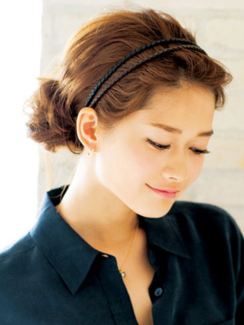 カチューシャで簡単上級者ヘア☆ オフィスのヘアスタイルルックのまとめ 髪型・アレンジ・カットの参考に。