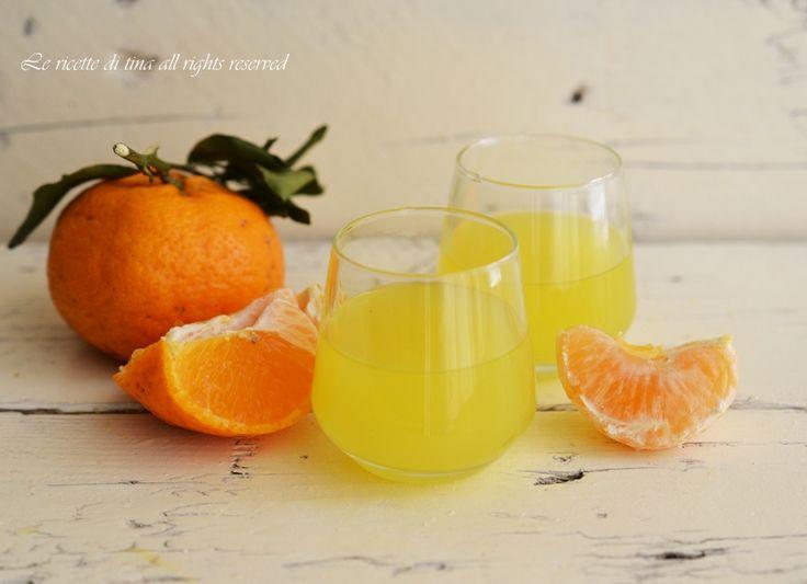 Liquore mandarino o mandarinetto,fatto in casa è tutta un altra cosa,ha tutto un altro sapore