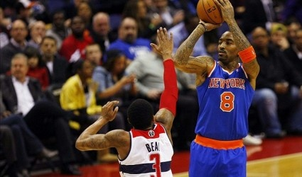 J.R. Smith: New York Knicks coaching staff must tighten the leash on sixth man