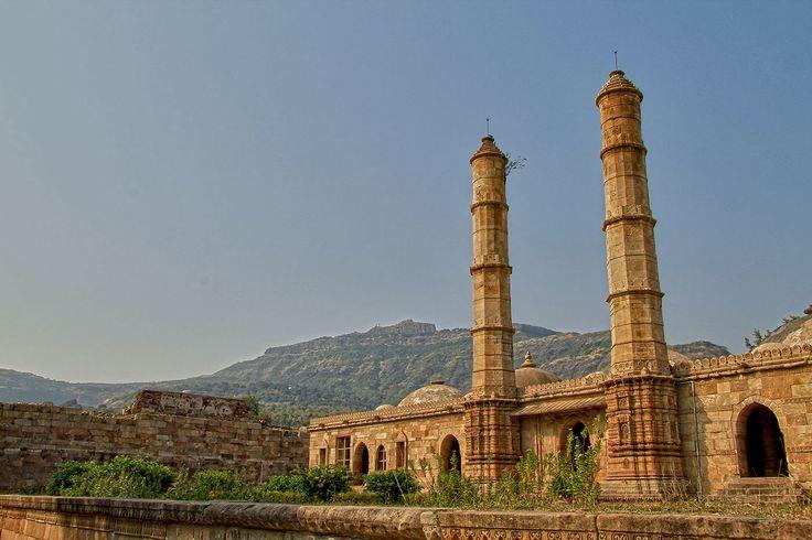 Amazing ruins in Champaner