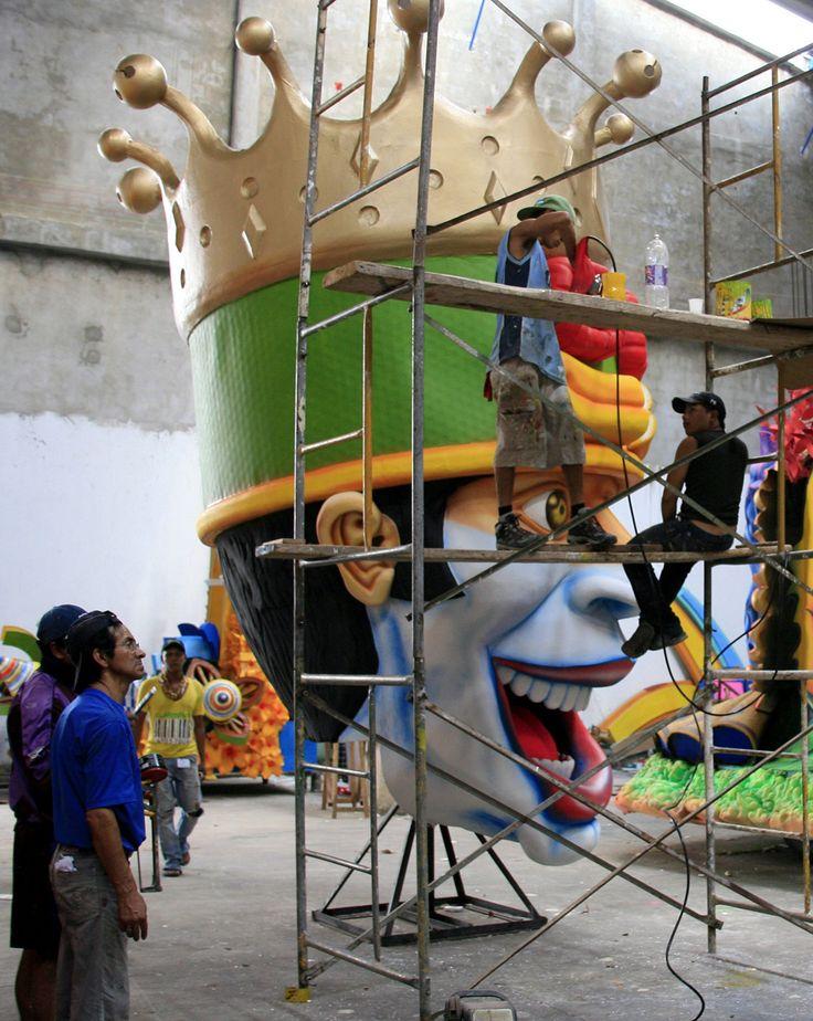 Colombia prepares for world-famous 'Carnival de Barranquilla' (Photo: Ricardo Maldonado Rozo / EPA)