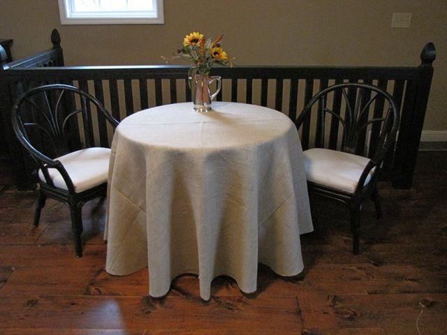 DIY burlap tablecloth