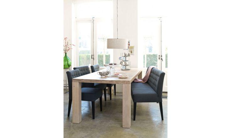 Sun. Deze tijdloze eetkamerstoel Sun van Coming Lifestyle heeft een perfecte zit door een nosag vering gecombineerd met hoogwaardig koudschuim vullingen.  Door de gecapitonneerde rugleuning heeft de stoel een klassieke en luxe uitstraling. Leverbaar zonder (Sun) en met armleuning (Summer). Ook leverbaar als eetkamerbankje. In vele prachtige stof- en ledersoorten. http://www.winjewanje.nl/eetkamerstoel-sun