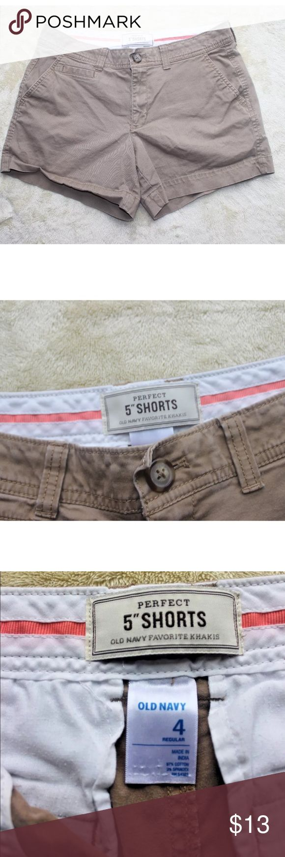 """Old Navy Beige Khaki 5"""" short women's size 4 You Are Buying Old Navy Beige Khaki 5"""" short women's size 4 It is in great pre-own Condition.  Fast shipping in the USA via USPS.  FEEDBACK: we strive to earn positive 5 star feedback for all items. And we will leave the same for all good buyers.  If you feel we deserve anything less please send us a message before leaving anything less or opening a case and we will fix the issue within 24 hours.   Thank you!!! Old Navy Shorts Skorts"""
