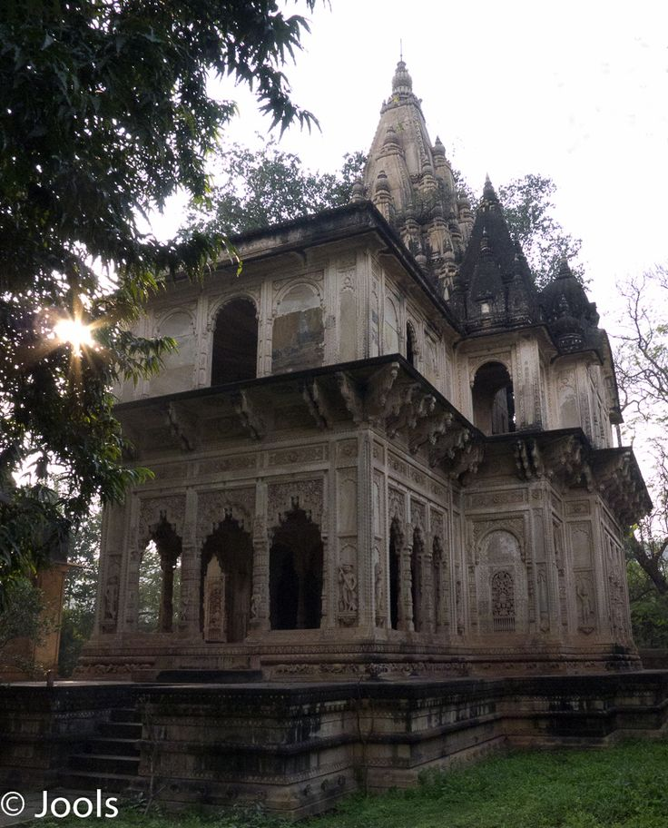 Family mausoleum in the Deo Bargh gardens.