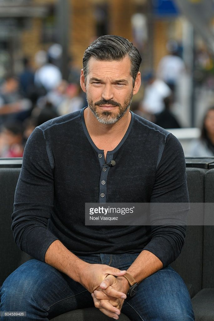 Eddie Cibrian visits 'Extra' at Universal Studios Hollywood on September 13, 2016 in Universal City, California.
