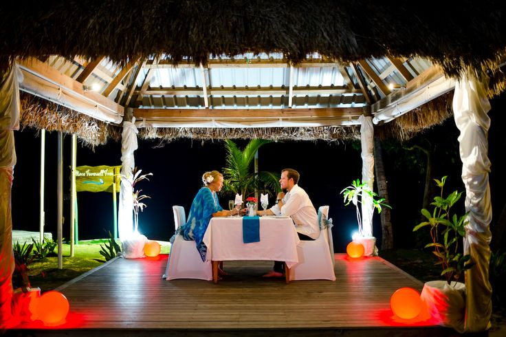 Treasure Island Resort - together is our favourite place to be! #treasureislandfiji #fiji #tourismfiji http://www.treasureisland-fiji.com/