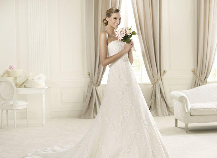Dango - Pronovias - Esküvői ruhák - Ananász Szalon - esküvői, menyasszonyi és alkalmi ruhaszalon Budapesten