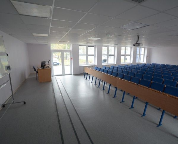 Aula znajdująca się w Gdańsku #sale #saleszkoleniowe #salegdansk #salaszkoleniowa #szkolenia #salagdansk #szkoleniowe #sala #szkoleniowa #konferencyjne #konferencyjna #gdańsku #konferencyjna #wynajem #sal #sali #gdansk #szkolenie #konferencja #wynajęcia #salekonferencyjne