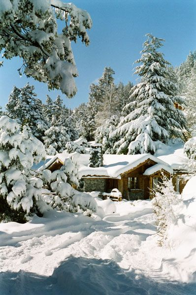 Cabin In The Snow | tiny houses | Pinterest | Snow, Winter and Cabin