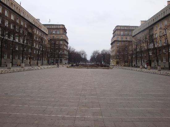 la piazza di nowa huta