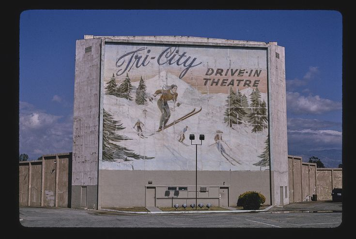 Tri City Drive-In Theater, straight-on view, Redlands Boulevard, Loma Linda, California (LOC) | Margolies, John,, photographer.  Tri City Drive-In Theater, straight-on view, Redlands Boulevard, Loma Linda, California 1991.