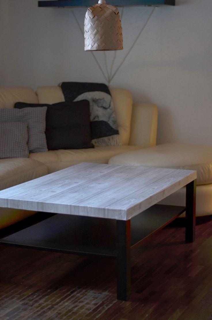 Soffbordet LACK från IKEA har fått en ny kostym med tapet. #ikeahack