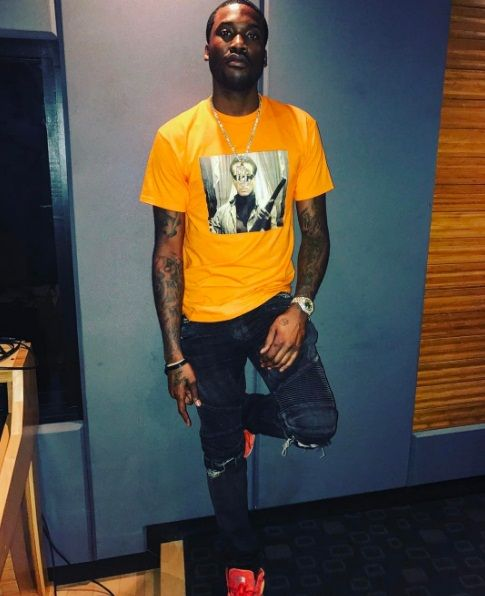"Meek Mill decides to liberate a new record titled ""King"". Produced by C-Sick. This will be featured on the new mixtape from California-based underwear company Ethika, who will dropping a 11 song"