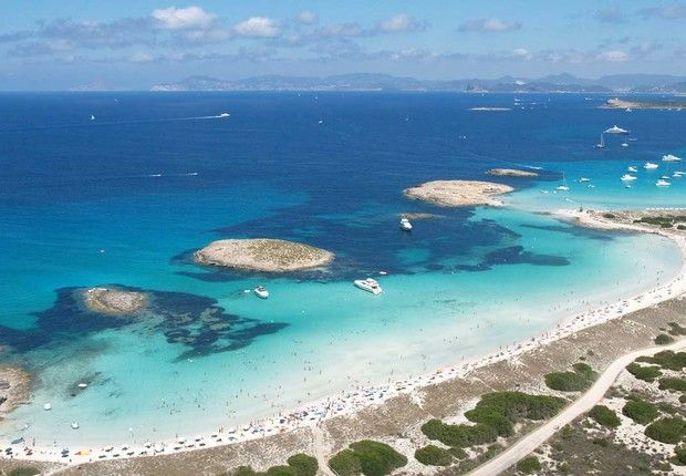 Praia de Formentera, na Espanha (Foto: Divulgação)