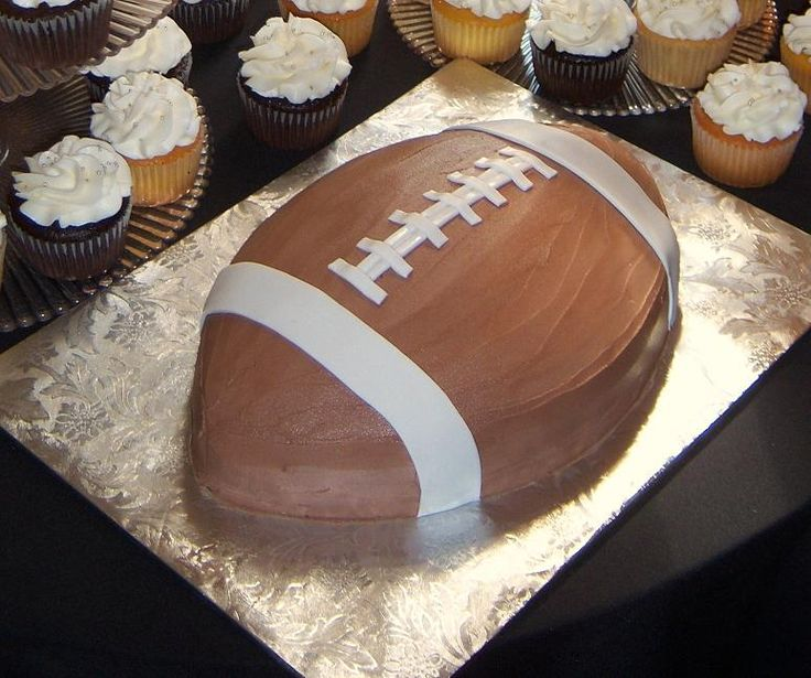 Football cake for Justyns bday will be a must