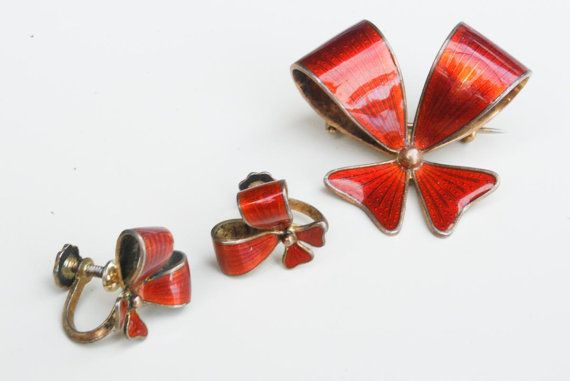 Vintage Norwegian Red Guilloche Enamel Bow Earrings and Brooch Set on Etsy, $46.60