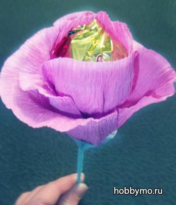 Сладкая роза из гофрированной бумаги, мастер-класс