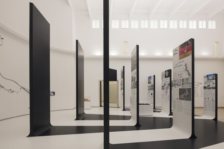 "Gallery of ""Unbuilding Walls"": The German Pavilion at 2018 Venice Biennale – 13"