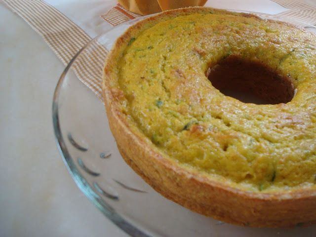 Receitas práticas de culinária: Bolo de Abobrinha  e Cenoura