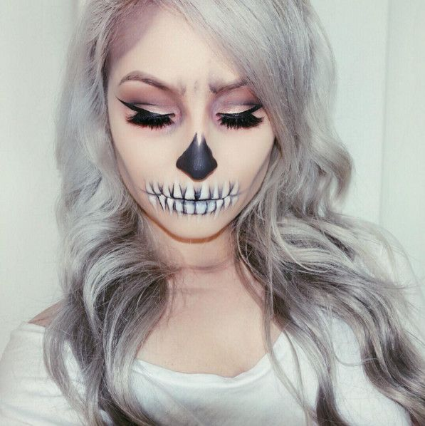 Skeleton - The Most Hauntingly Gorgeous Halloween Makeup Looks on Instagram - Photos